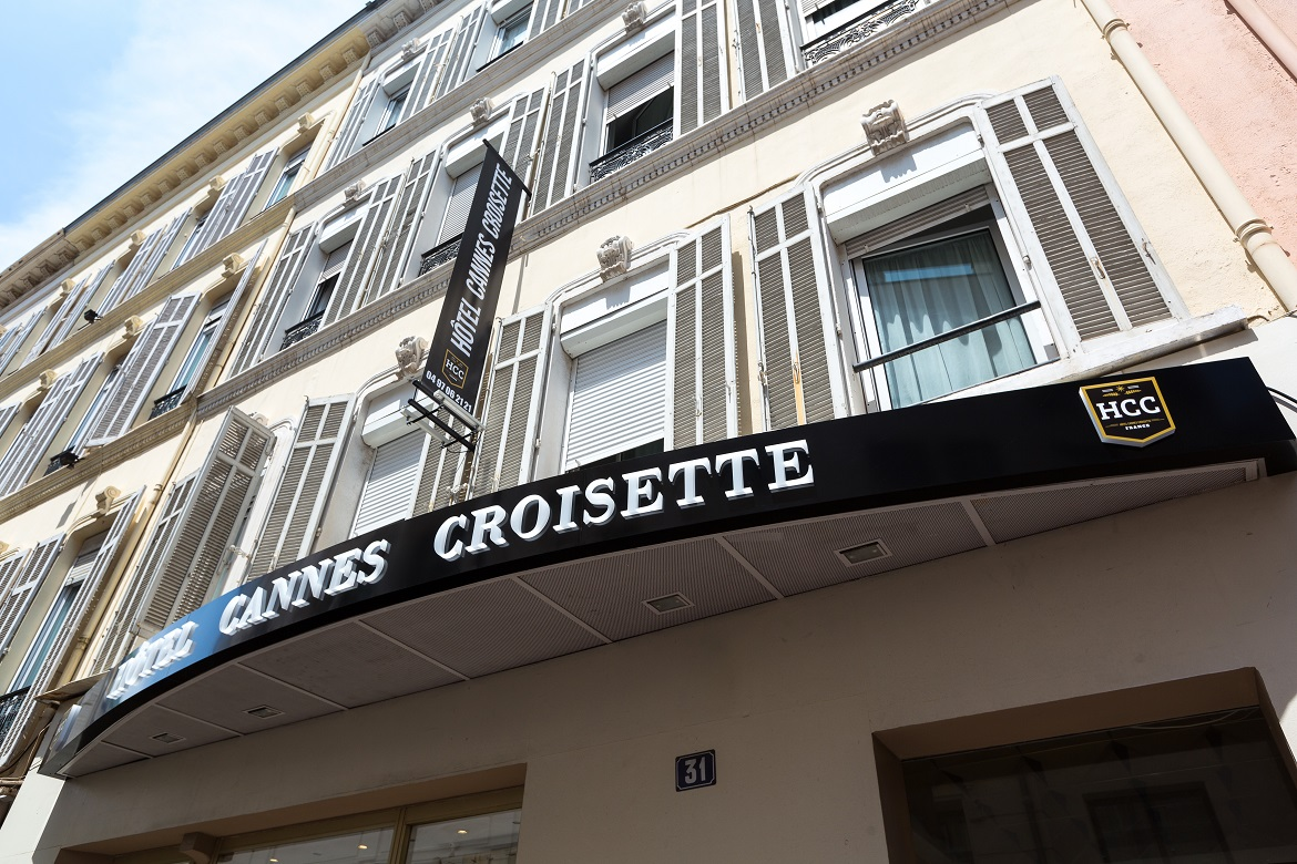 Hotel 2 toiles cannes prix abordables h tels pas chers for Prix hotel moins cher