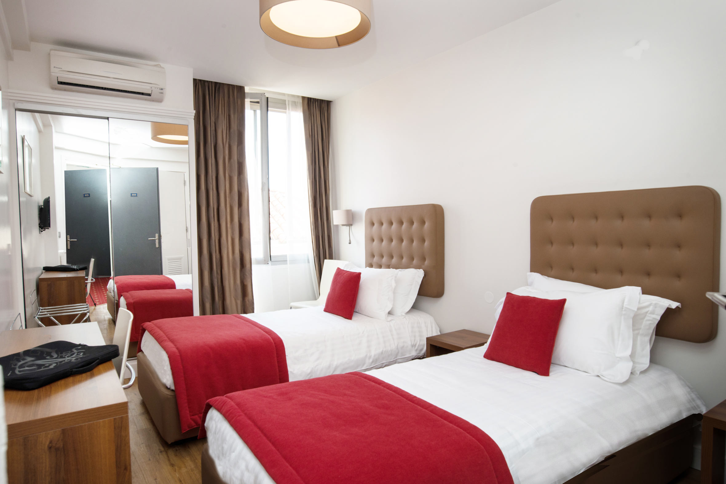 Chambre Simple Hotel Definition : Chambre double superieure definition solutions pour la