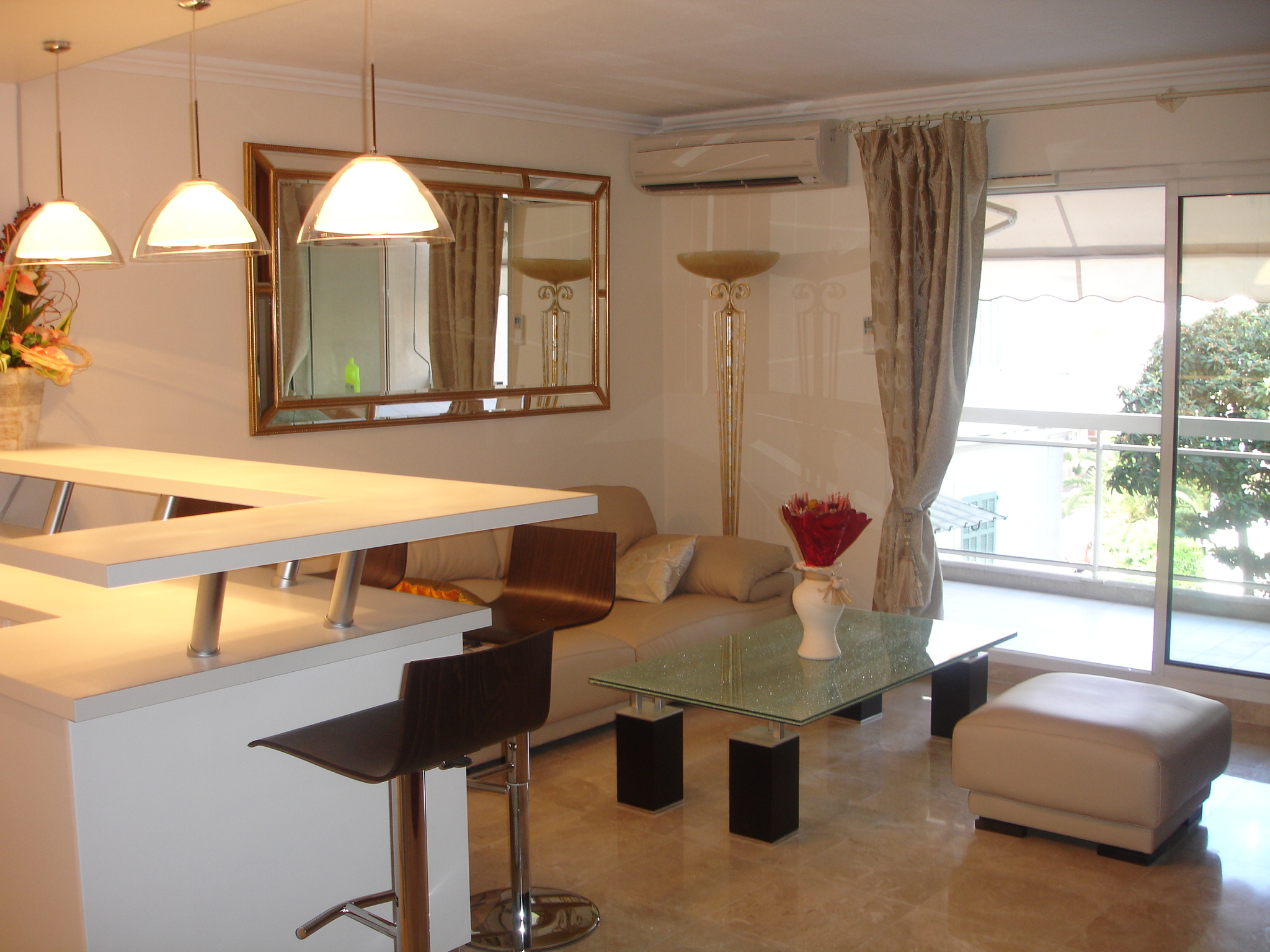 Location appartement vacances cannes studio au t3 meubl for Location studio meuble antibes