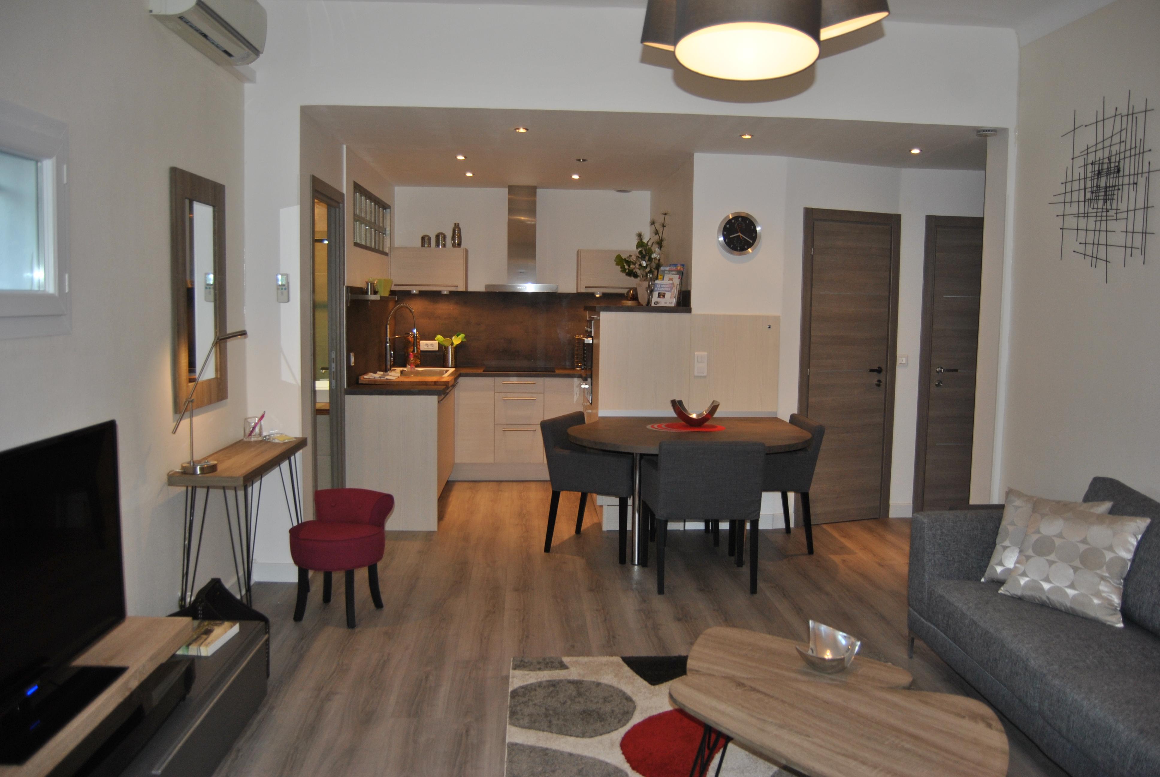 VILLA L'AJACCIENNE, Hôtel 4 étoiles à Cannes (Côte d'Azur)