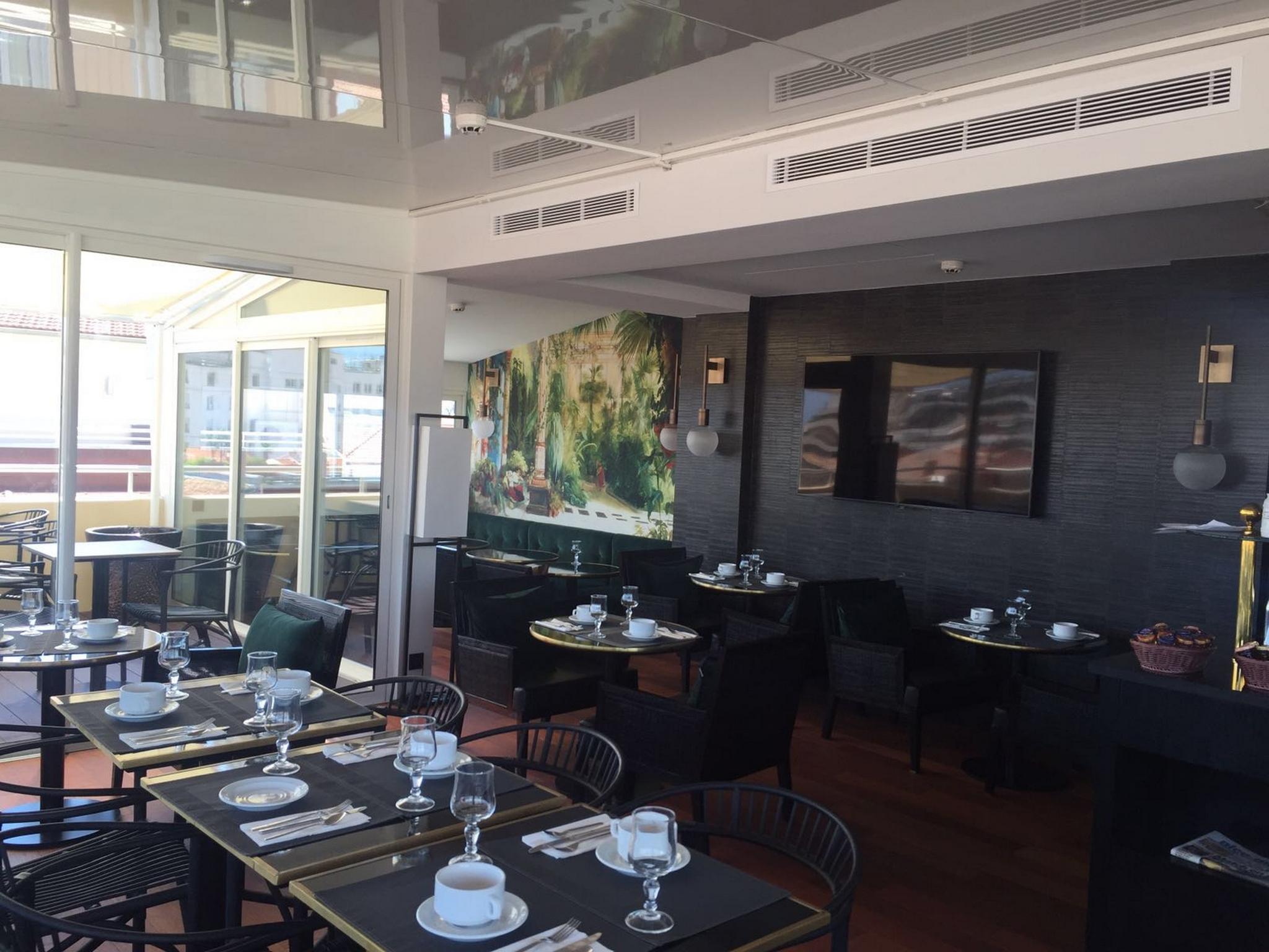 Best Western Hotel Univers, Hôtel 4 étoiles à Cannes (Côte d'Azur)