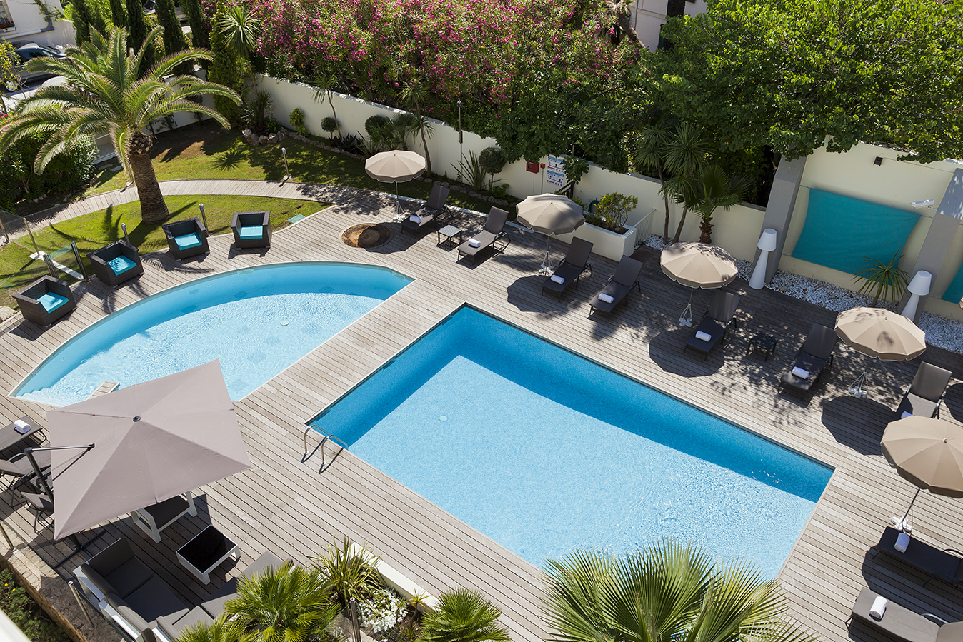 R sidence h teli re cannes appart 39 hotel village vacances for Apparthotel 92