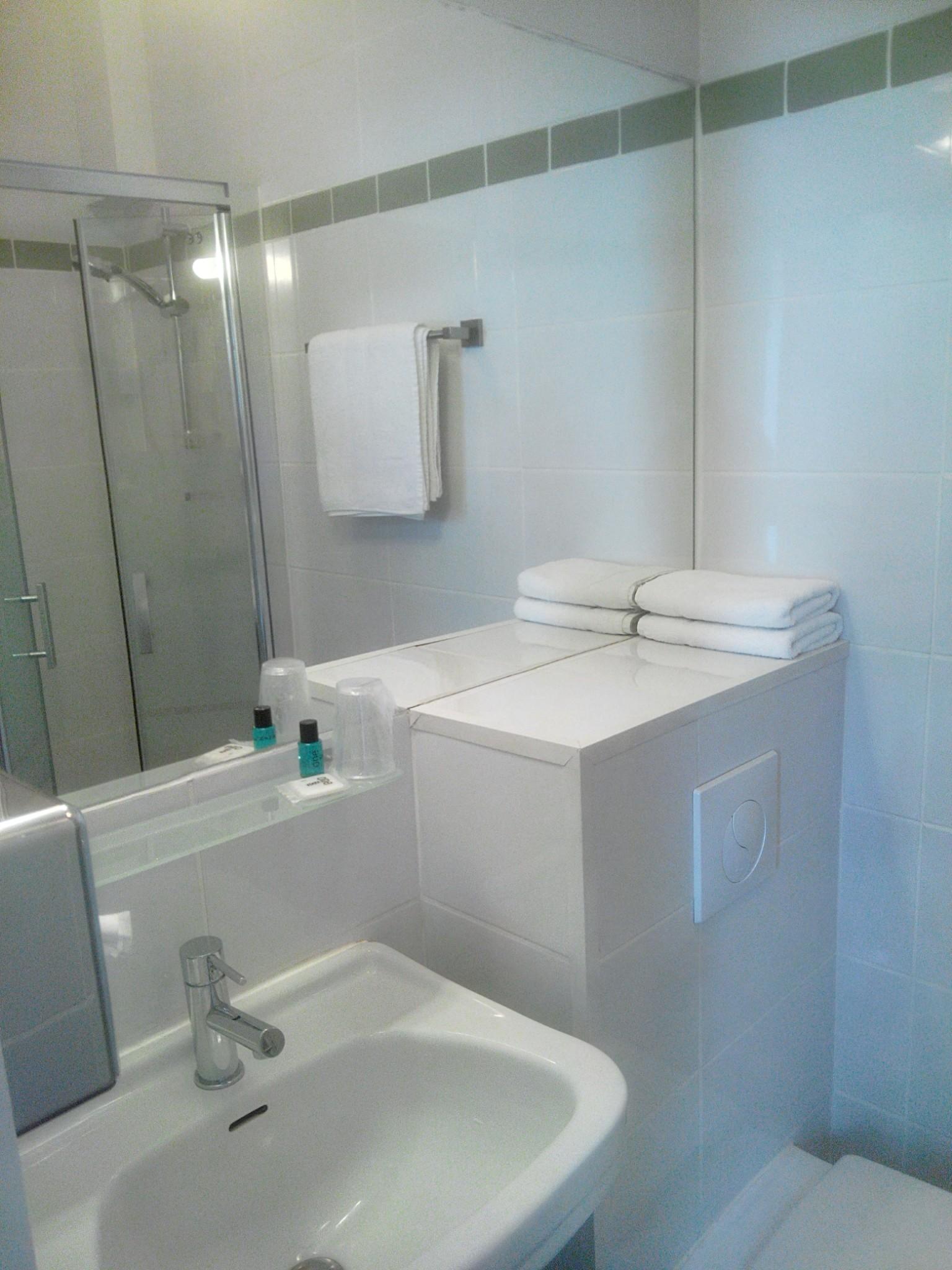 Salle de bain 01
