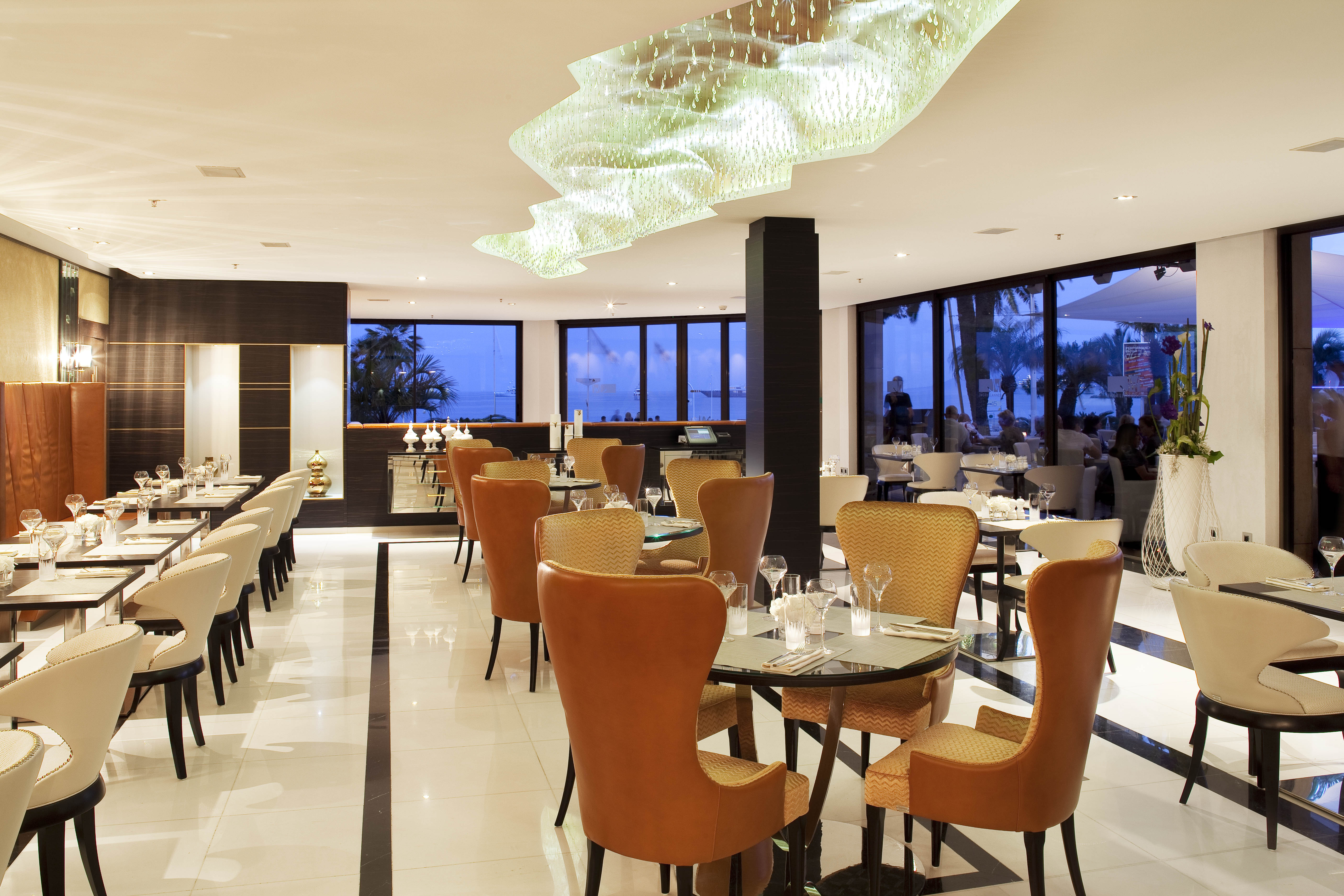 jw,cannes-france-le grill-66 md